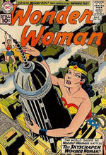Wonder_Woman_reaches_for_the_tip