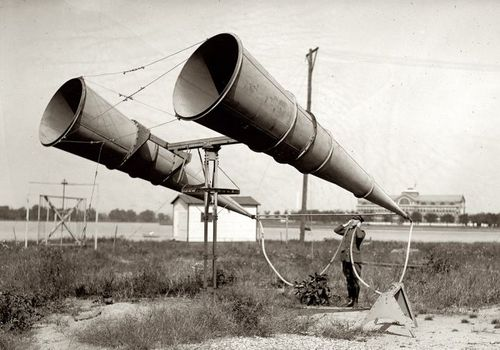 Two_Horn_Listening_System_1921