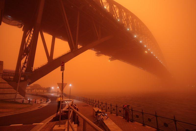 Dust_Storm_Sydney_2009